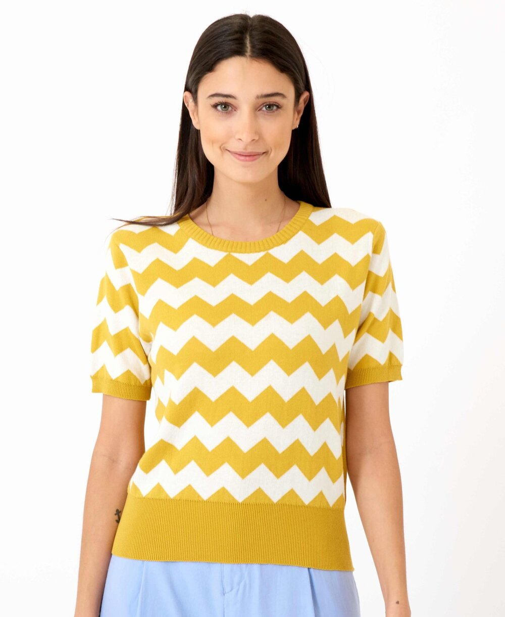 alexa-knit-yellow-front