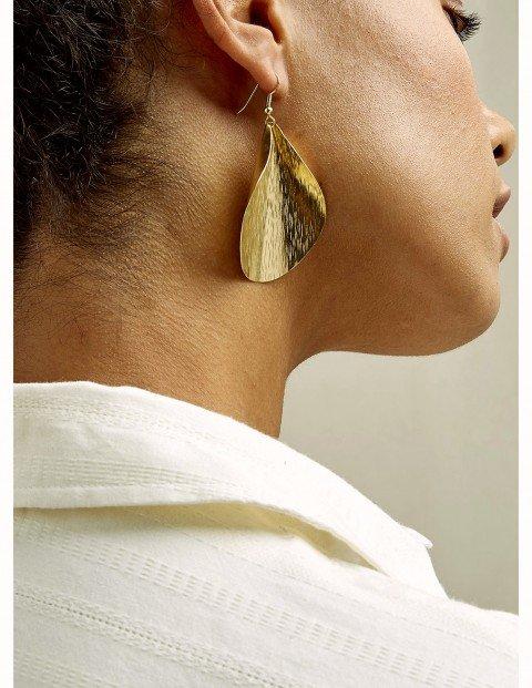 curled-leaf-earrings--59487ceb394a